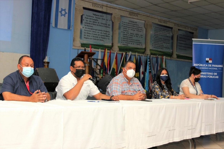 Explican a comerciantes alcance del proyecto de rehabilitación de Puerto de Vacamonte