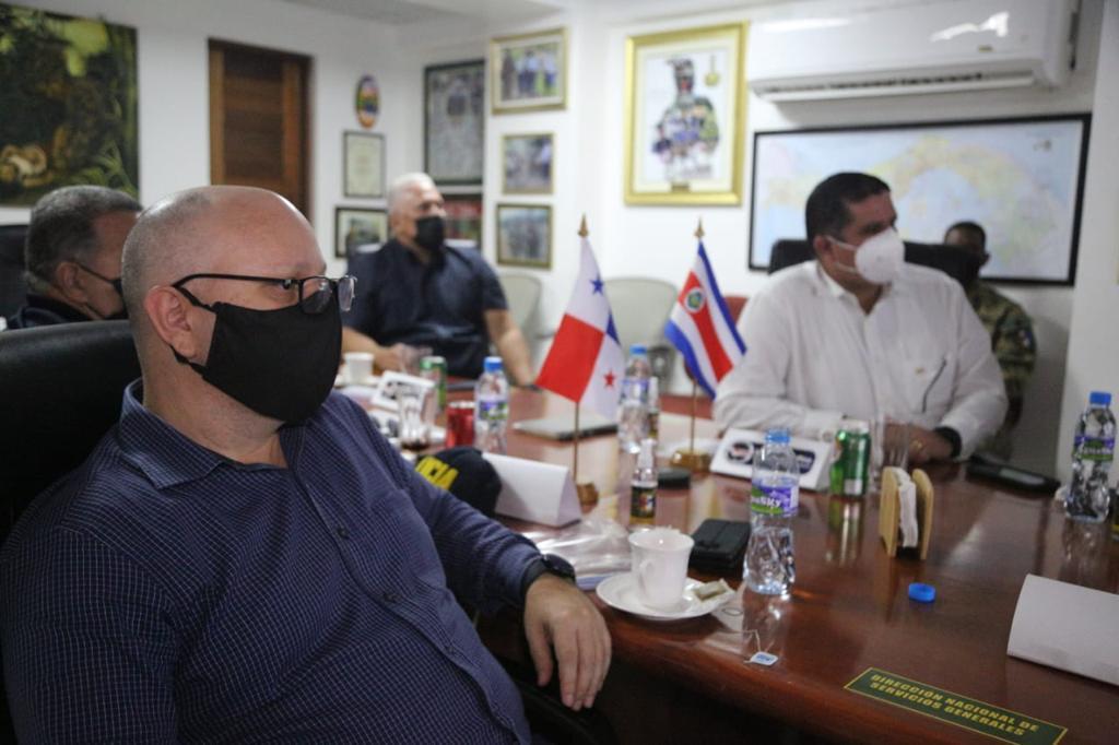 Ministros de Seguridad de Panamá y Costa Rica abordan el flujo migratorio irregular