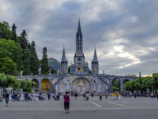 Los peregrinos comienzan poco a poco a volver a Lourdes
