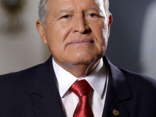 Juez salvadoreño ordena detener a expresidente Sánchez Cerén