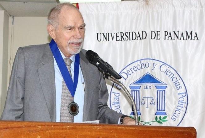 Falleció el abogado panameño Eduardo Morgan González