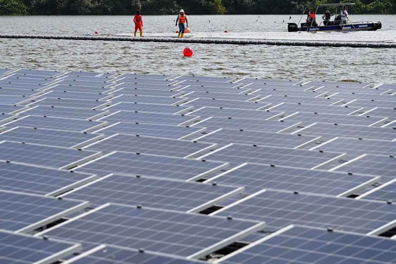 Singapur presenta una de las mayores centrales solares flotantes del mundo