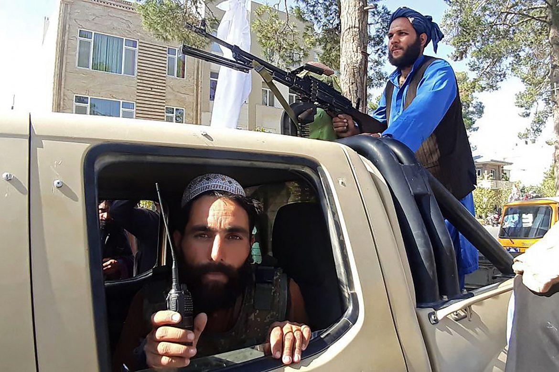 ONU denuncia la violencia de los talibanes contra manifestantes en Afganistán