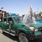 """Los talibanes adoptarán """"temporalmente"""" una constitución monárquica"""
