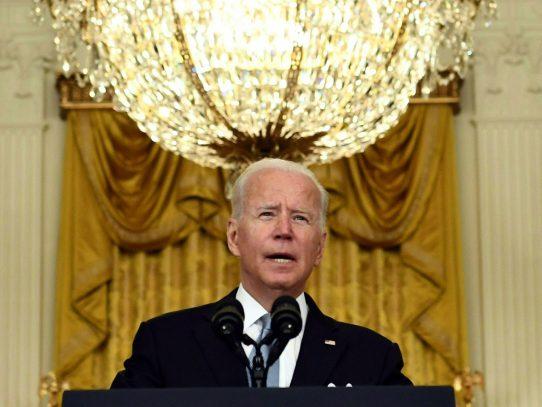 Biden organizará cumbre virtual sobre covid-19 el miércoles, dice la Casa Blanca