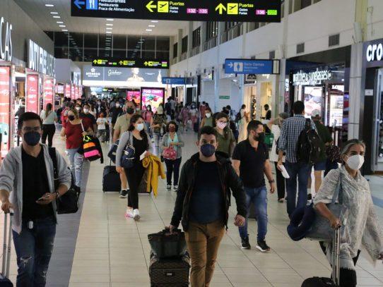 Gobierno exime a viajero que ingrese al país de cualquier prueba COVID-19
