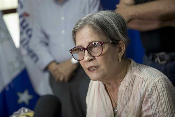 Nicaragua anula pasaporte a la representante de partido opositor ilegalizado