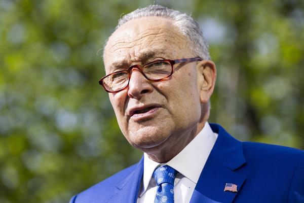 Demócratas presentan un plan de presupuesto que incluye un gasto de 3,5 billones de dólares