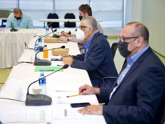 Analizan los principios que regirán la seguridad social en Panamá