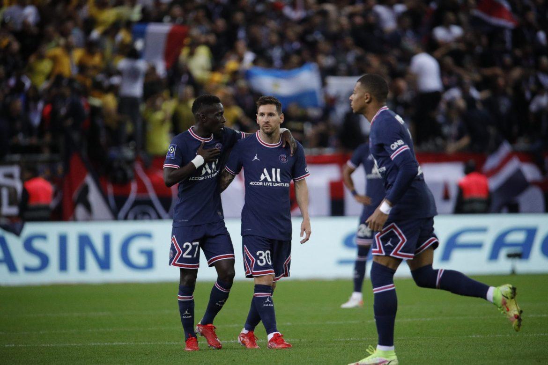 Messi debuta en la liga francesa con el París SG en Reims