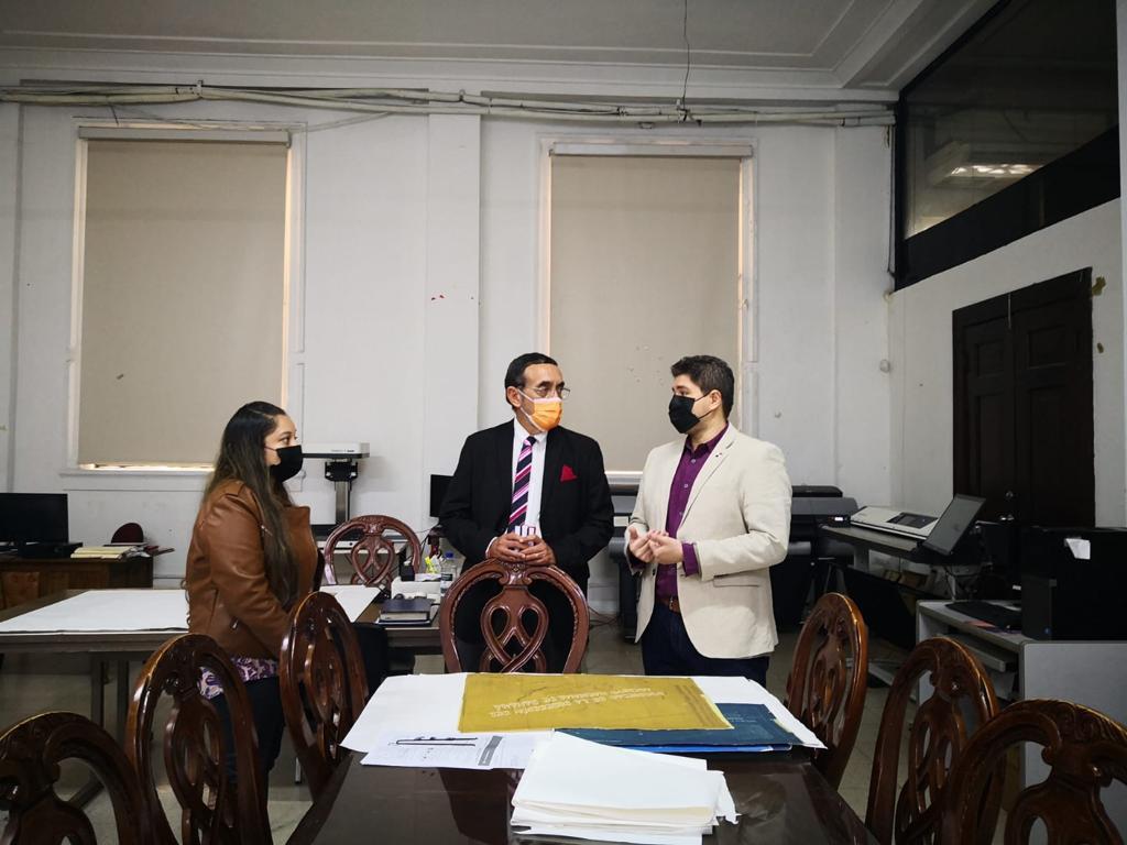 Orientación y apoyo técnico para Facultad de Derecho