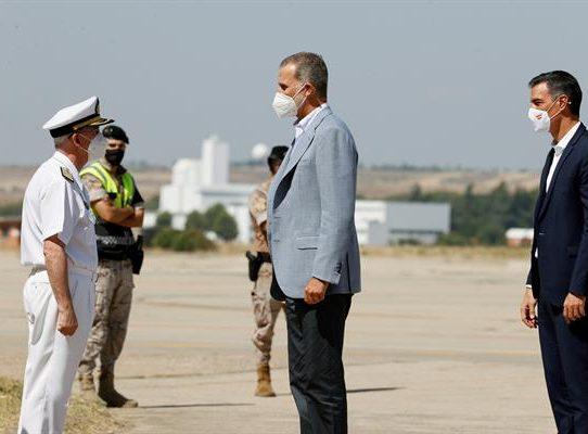 El rey reconoce el trabajo al dispositivo que ha acogido a los refugiados afganos