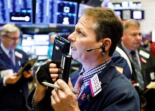 Wall Street abrió en rojo y el Dow Jones bajó 0,64 %