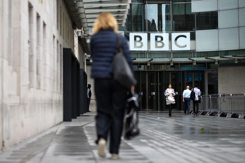 """La BBC denuncia que expulsión de corresponsal en Rusia es un """"atentado a la libertad de prensa"""""""