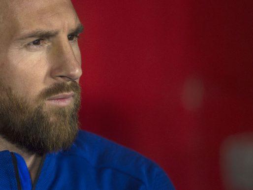 """FC Barcelona anunció que Messi """"no continuará ligado"""" al Club"""