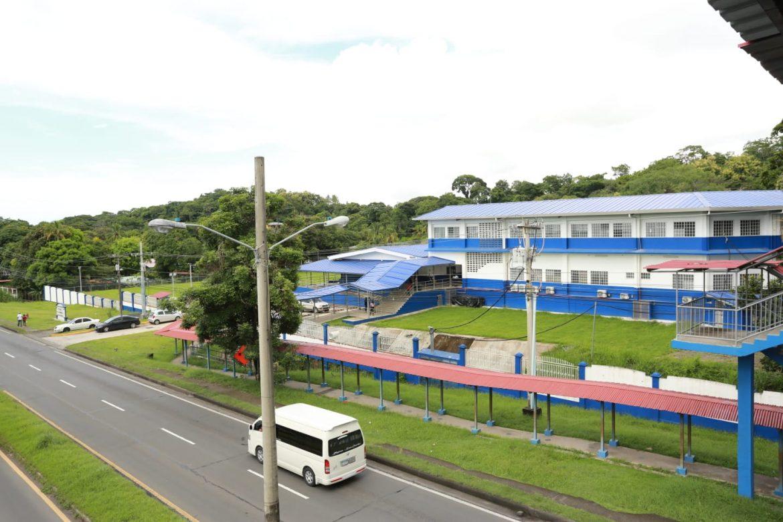 Comunidad educativa de Chame recibió nuevo centro educativo