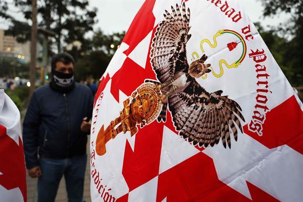 La extrema derecha emerge en la crispada coyuntura política de Perú