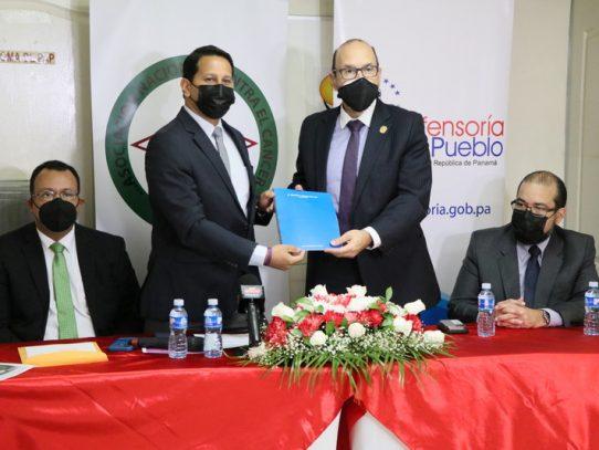 ANCEC entregó Estados Financieros a la Defensoría del Pueblo