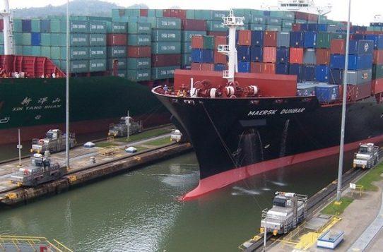Aumenta ventas de buques Panamax en primer semestre 2021