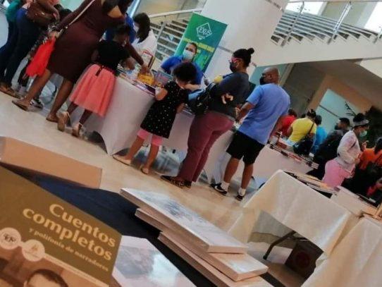 Primera Feria del Libro de Colón: buena oferta de lectura