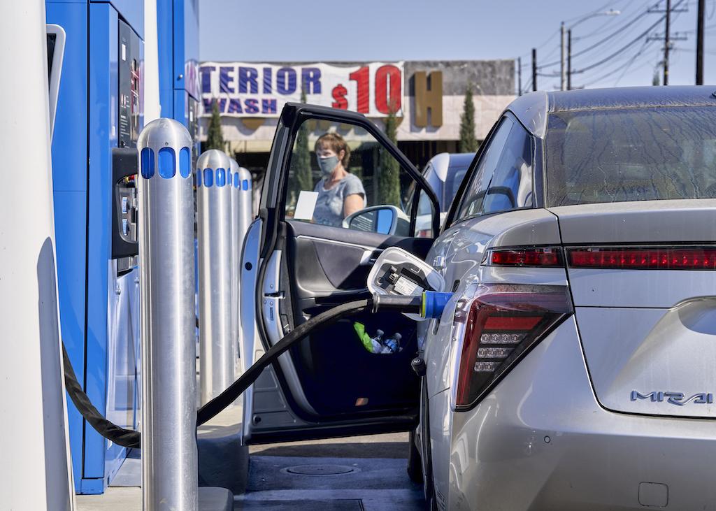 Muchos consideran que el hidrógeno es el combustible, del futuro, pero nuevas investigaciones lo ponen en duda