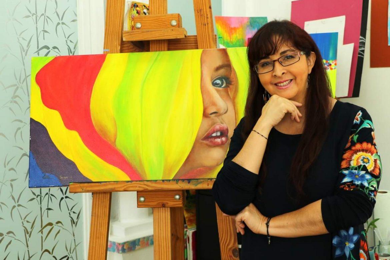 Yadyra Yánez premiada en congreso científico