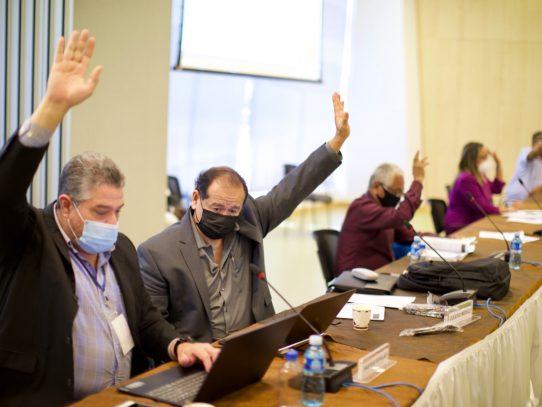 Piden conformar comisión entre MINSA y CSS para elaborar plan de información en salud