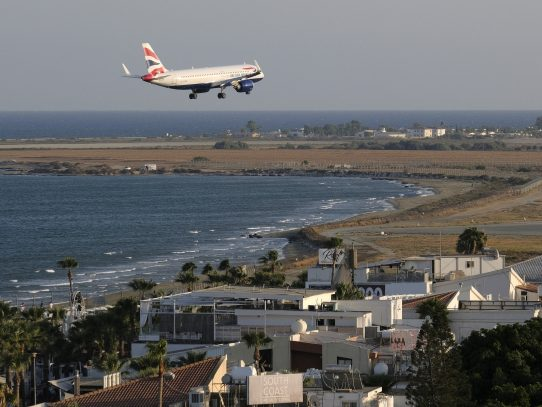 Airbus recibe más de 100 pedidos en agosto, gracias a Latam, Delta y Jet2.com