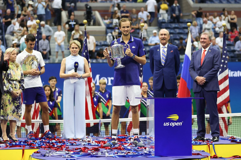 Medvedev gana el Abierto de EE.UU. e impide que Djokovic complete el Grand Slam