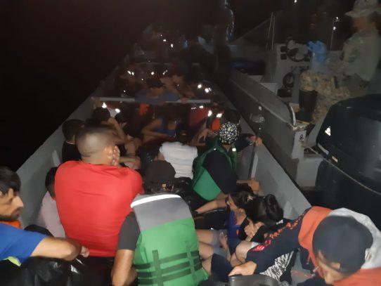 Dos colombianos aprehendidos por posible tráfico ilegal de migrantes