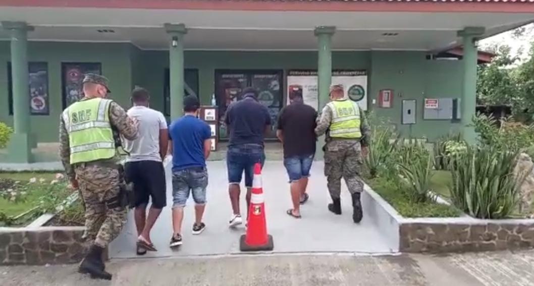 Senafront aprehendió a tres extranjeros en puesto de control de Agua Fría, Darién