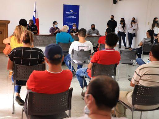 La DGI explicó aspectos de máquinas fiscales en Bocas del Toro