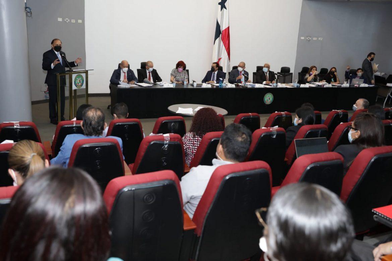 Con modificaciones, inició el debate al primer bloque del paquete de reformas al Código Electoral