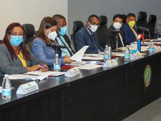 Diputados aprueban en primer debate cambios al reglamento interno del Legislativo