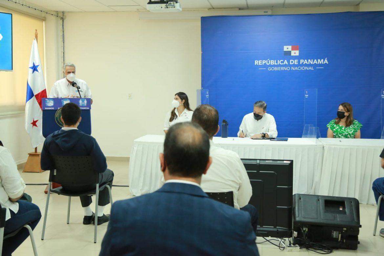 Presidente sancionó ley que crea bachillerato internacional en Panamá