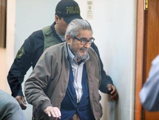"""Abimael Guzmán falleció en prisión """"por complicaciones de salud"""""""