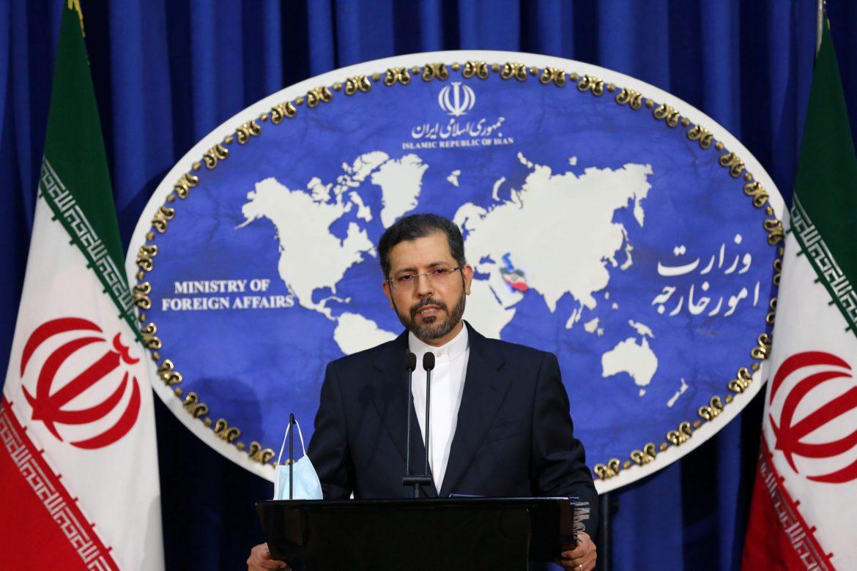 """Irán insta a EE.UU. a abandonar su """"dependencia a las sanciones"""""""