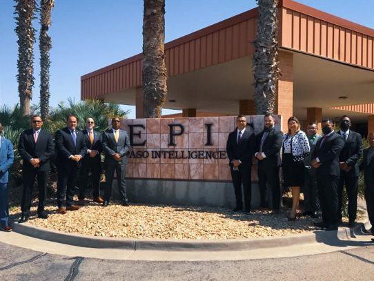 Procurador Caraballo recorrió el mayor centro de inteligencia de la DEA en EE.UU.