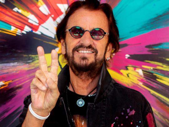 """Ringo Starr sigue en la música con el espíritu """"peace and love"""" a sus 81 años"""