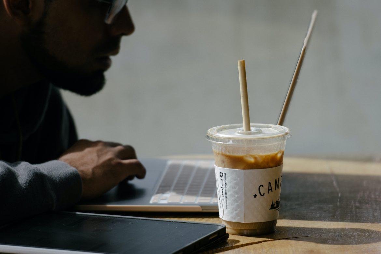 ¿Tomaste café y sigues cansado?