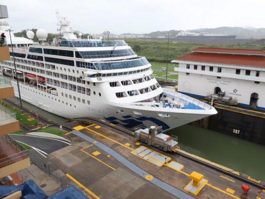ACP publicó propuesta para modificar estructura de peajes para buques de pasajeros