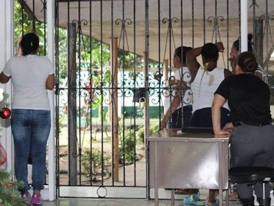 Suspenden visitas de familiares de privadas de libertad en el Cefere