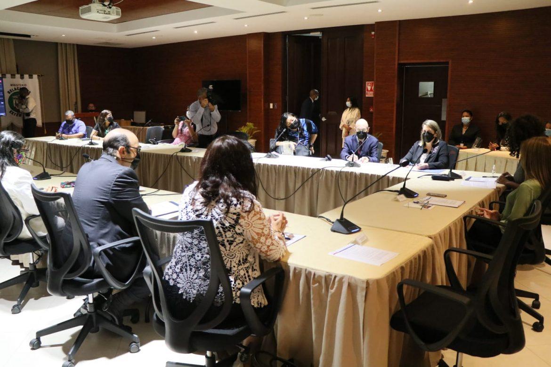 Defensor presentó informe sobre derechos de las personas con discapacidad