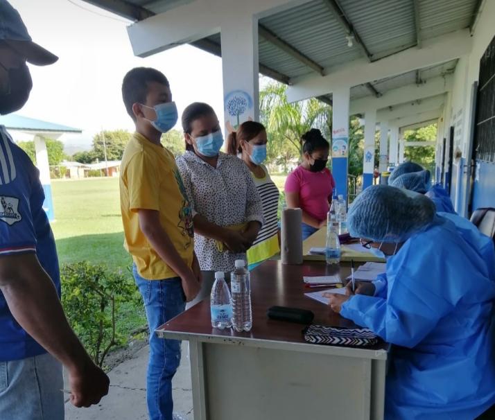 Covid-19: El 68% de la población está vacunada con dos dosis