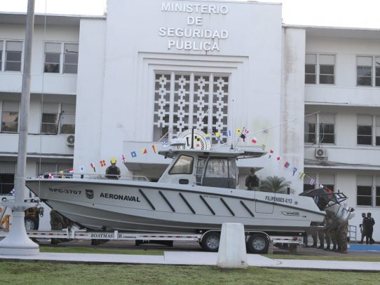 EE.UU. dona a Panamá una lancha de interdicción para combatir el narcotráfico