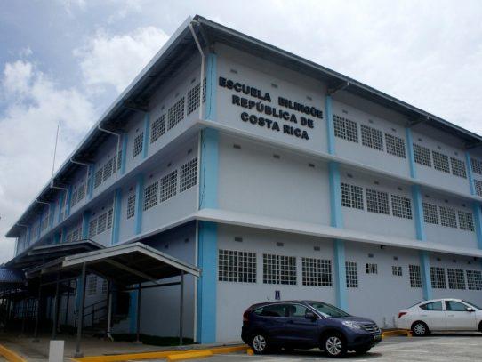 EscuelaBilingüe República de Costa Rica se entregó parcialmente