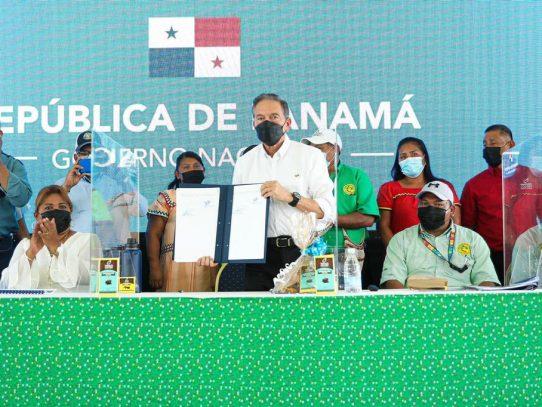 Presidente Cortizo sancionó la Ley de incentivos a la producción de Cacao
