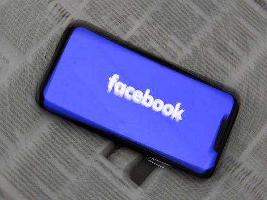 Facebook apenas dedica recursos contra la información falsa fuera de EE.UU.