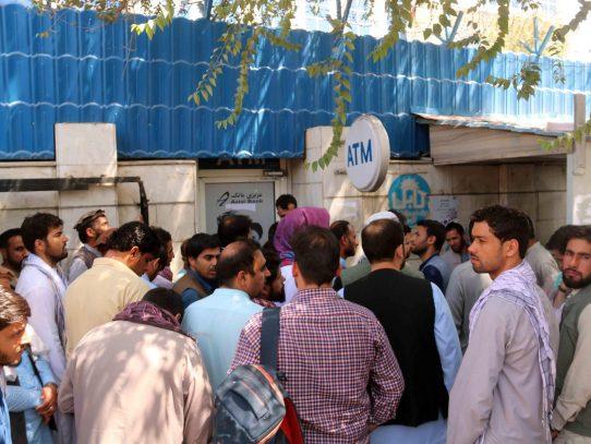"""Afganistán está en un """"punto de inflexión"""" y necesita liquidez, dice la ONU"""