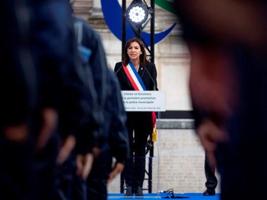 Anne Hidalgo intenta el arranque de su campaña con propuestas de choque